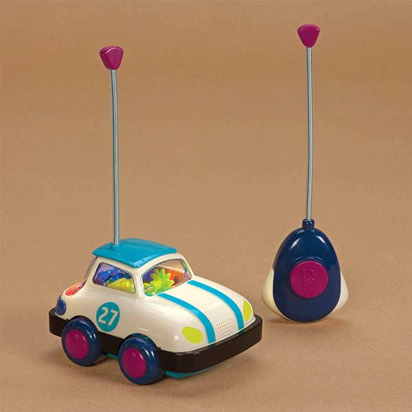 B.Toys Távirányítós autó 2 éves kortól I.